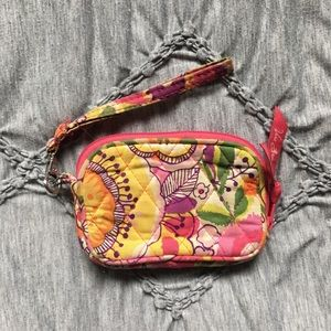 CUTEST VERA BRADLEY COIN PURSE/WRISTLET